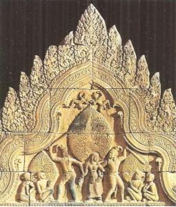 Фронтон храма Шивы. 10 век