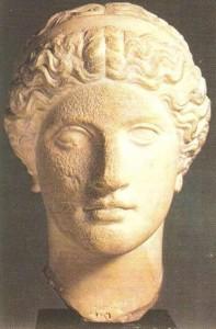 Голова женщины. Около 420 г. до н.э.