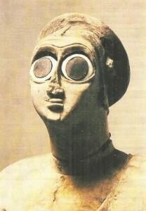 Голова статуи из Квадратного храма