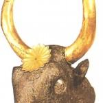 Серебряный ритон в виде бычьей головы из Микен. 16 век до н.э.