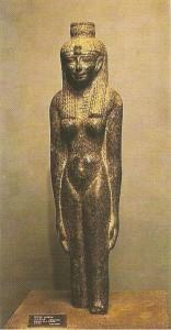 Статуя египесткой царицы
