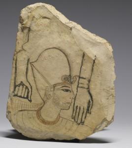 Древнеегипетский остракон. Голова фараона выполнена мастером, а вот две грубые руки, скорее всего его подмастерием. Остракон явился своего рода тренировочной поверхностью. Известняк, 1280 г. до н.э. Хранится в Музее искусств, Балтимор, США.