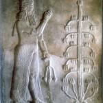 Саргон, стоящих перед древом жизни. Каменный рельеф