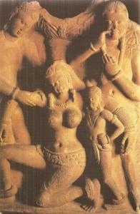 Сцена ритуального опьянения в саду. Матхура. Эпоха Кушан. 2 век н.э.
