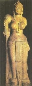 Женская скульптура из Дидарганджа. Эпоха Маурьев. 3 век до н.э.