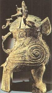 Сосуд из могилы жрицы. Эпоха Шан. Китай. 2 тыс до н.э.