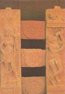 Ограда ступы. Фрагмент. Сангол. Эпоха Кушан. 2 век н.э.