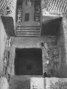 Внутренний вид гробницы шанского вана. Угуаньцунь. Эпоха Шан-Инь. Конец II тыс. до н.э.