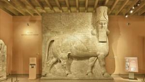 Шеду - божество с головой человека и телом быка
