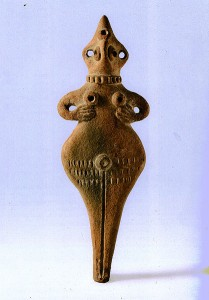 Терракотовая фигурка богини-матери.