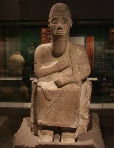 Статуя царя Идрими - правителя Алалаха