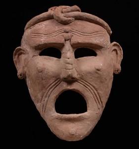 Терракотовая маска. III-II вв. до н.э