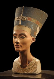 Бюст Нефертити из Нового музея