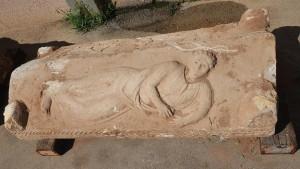 Крышка, найденного в Израиле саркофага времен Римского владычества.