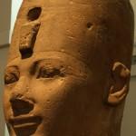Голова из песчаника, из храма Амон-Ра в Карнаке